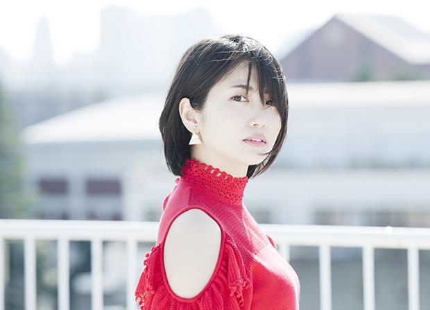 【画像】女優・志田未来(25)さんの程よく育った橫乳w