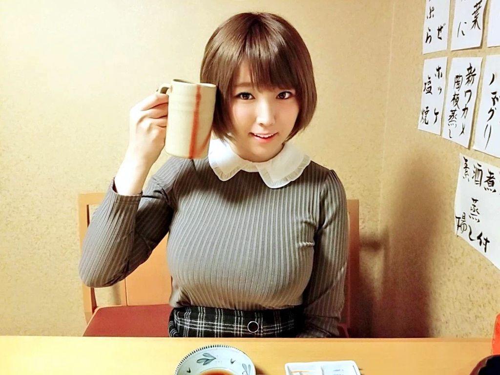 【悲報】バスト100cm・JカップのAV女優・松本菜奈実さん 新作AVでおっぱいがとんでもないことに!