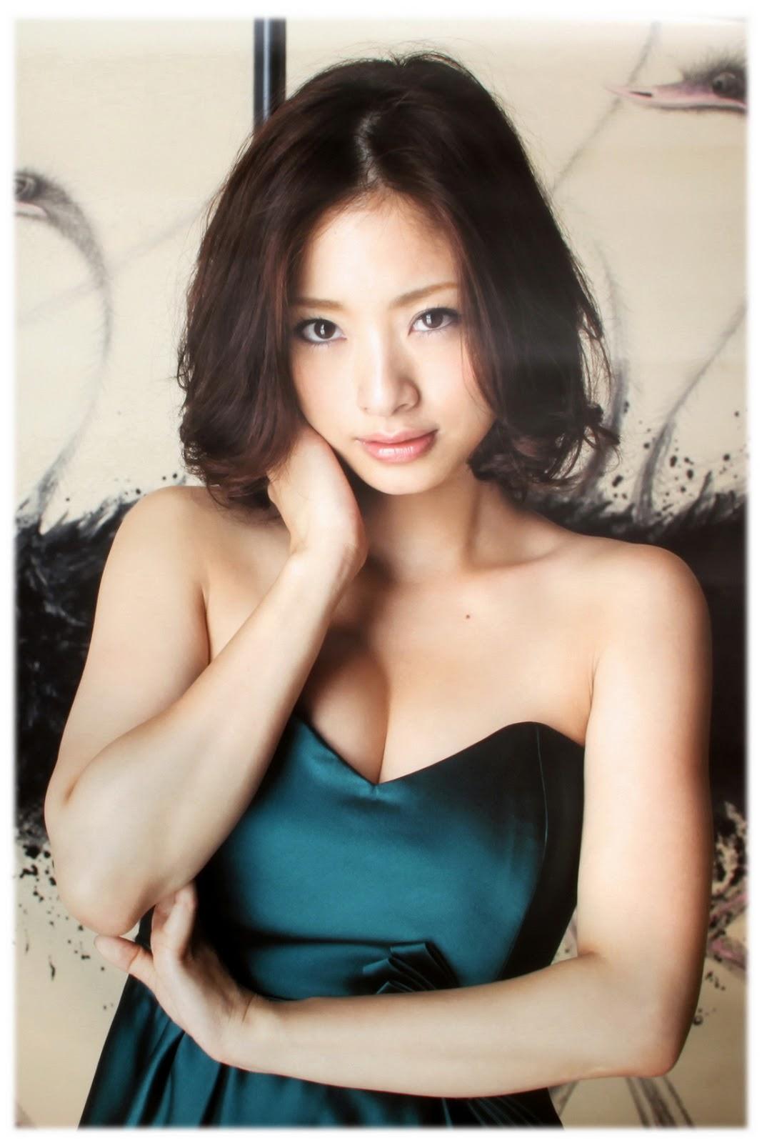 【画像あり】上戸彩とかいうデビュー当時から現在まで即ハボな奇跡の女WWW