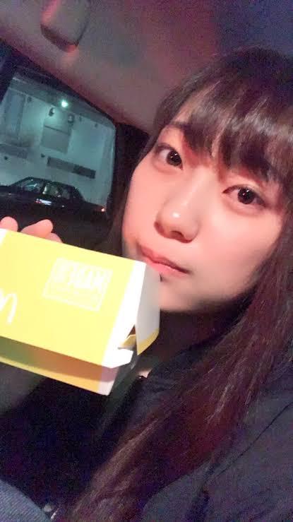 【画像】大人気AV女優、美谷朱里さんのすっぴんがこちら