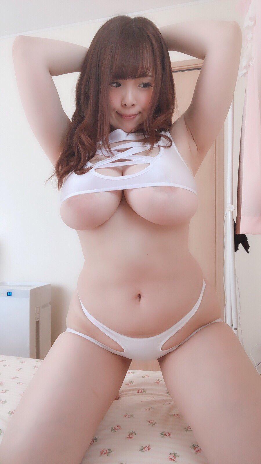 【画像あり】恵体痴女AV女優で打線組んだ