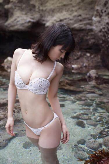 【画像】吉岡里帆ちゃんの白ビキニwww