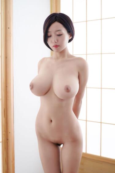 【画像有】ガチのマジで100点の体の女 発見される